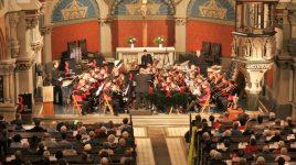 Märchenhaftes zur Weihnachtszeit – Festlicher Blechbläserklang verzaubert Jung und Alt –
